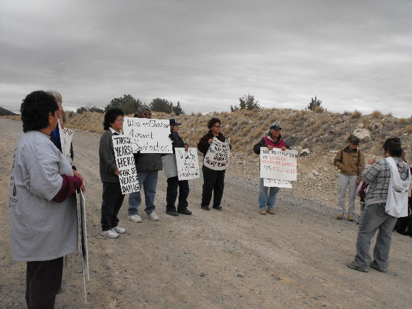 western_shoshone_grandmothers_protest_barrick_on_mt_tenabo_photolisa_j_wolf.jpg